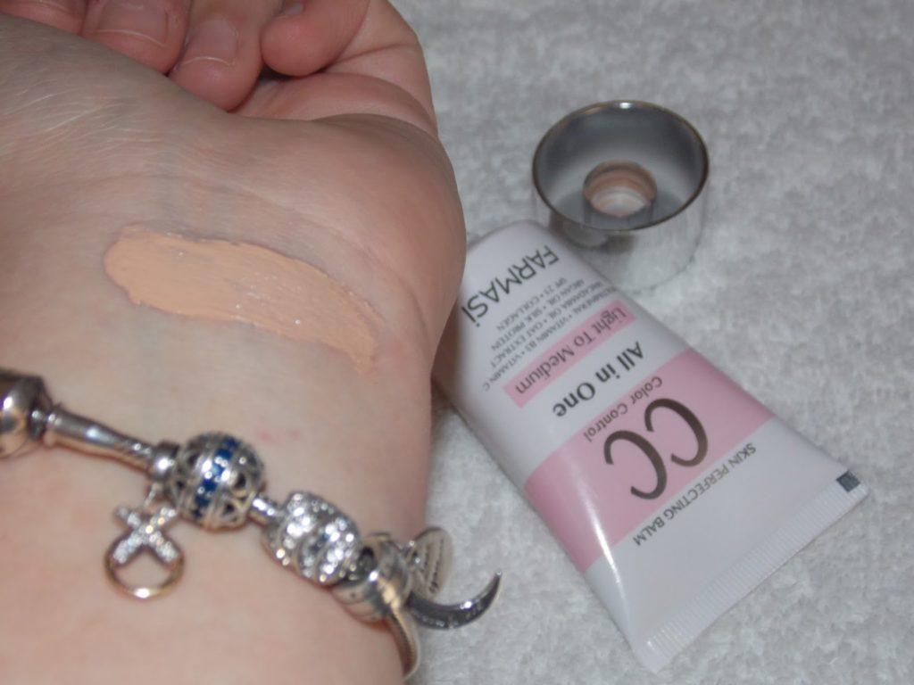 farmasi makeup haul fashion blogger livinglikev beauty blogger