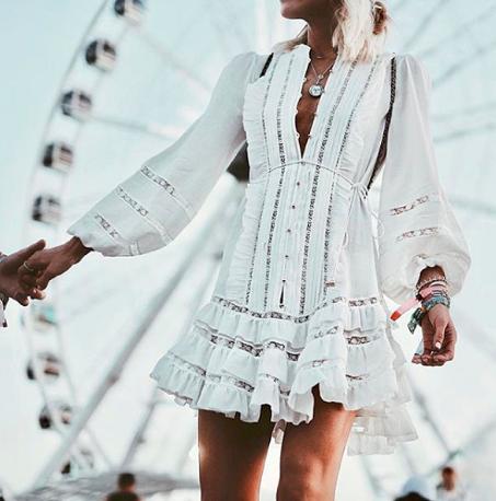 omnifever livinglikev fashion blogger living like v