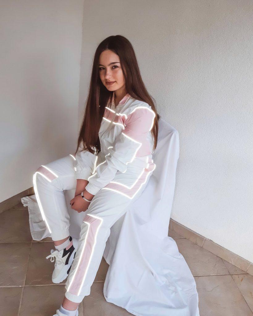 iheartraves-review-livinglikev-fashion-blogger