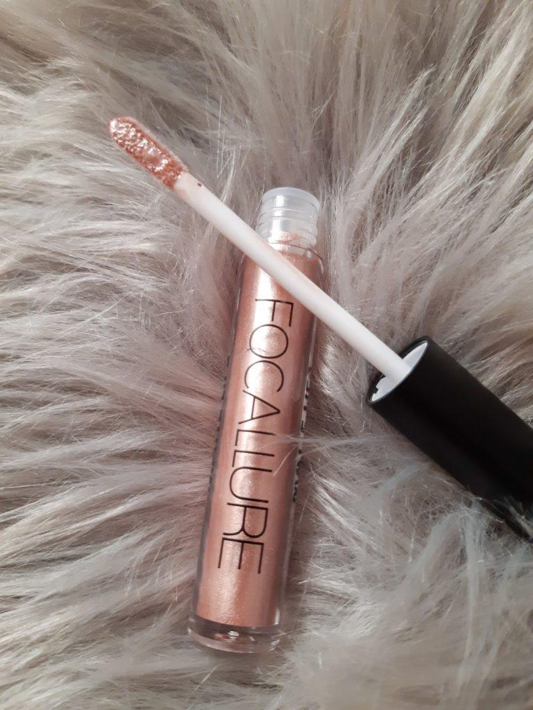 livinglikev fashion blogger living like v ultra matte focallure lipstick review dresslily