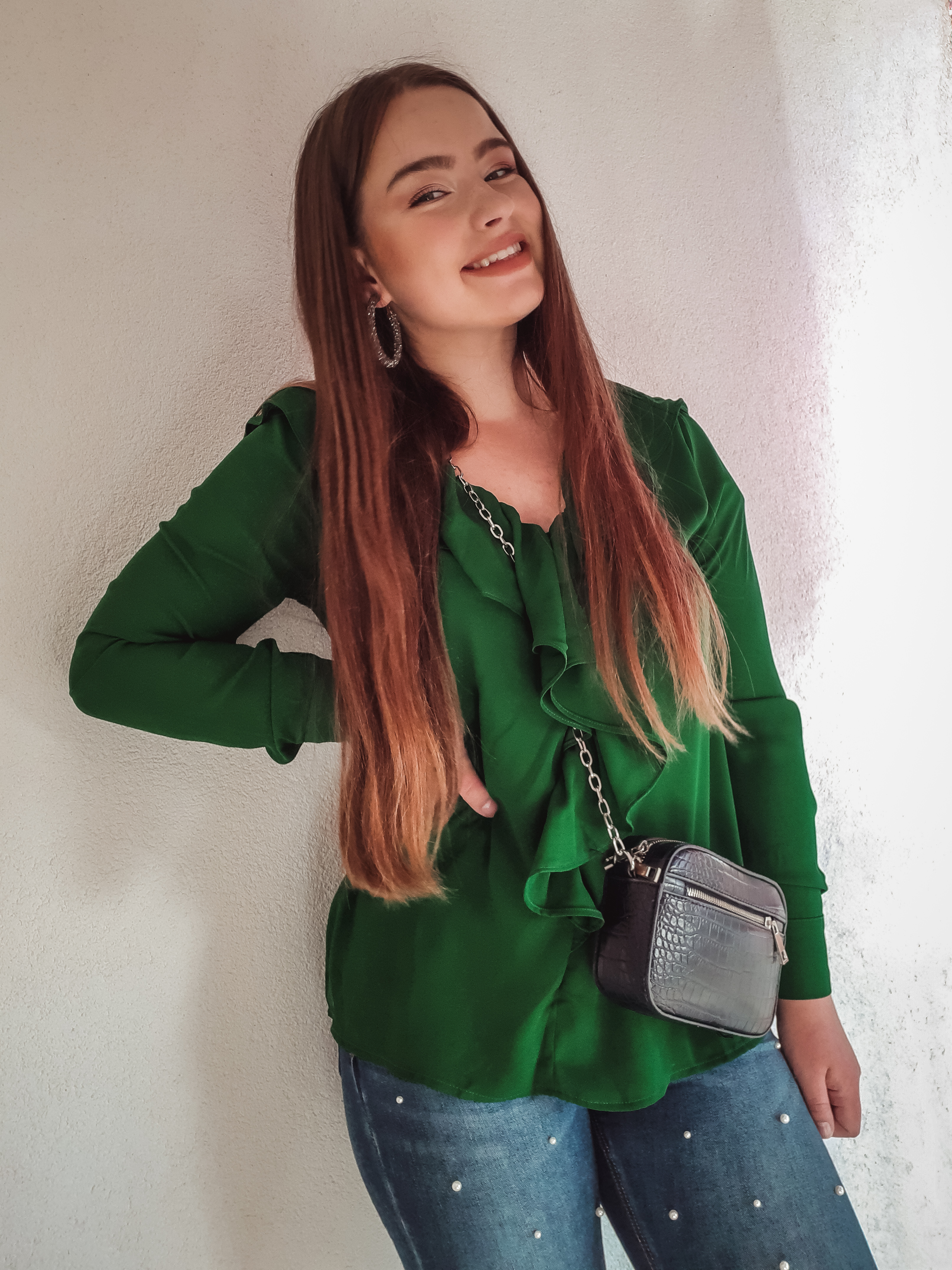green blouse outfit livinglikev fashion blogger living like v style blogger blooming jellly