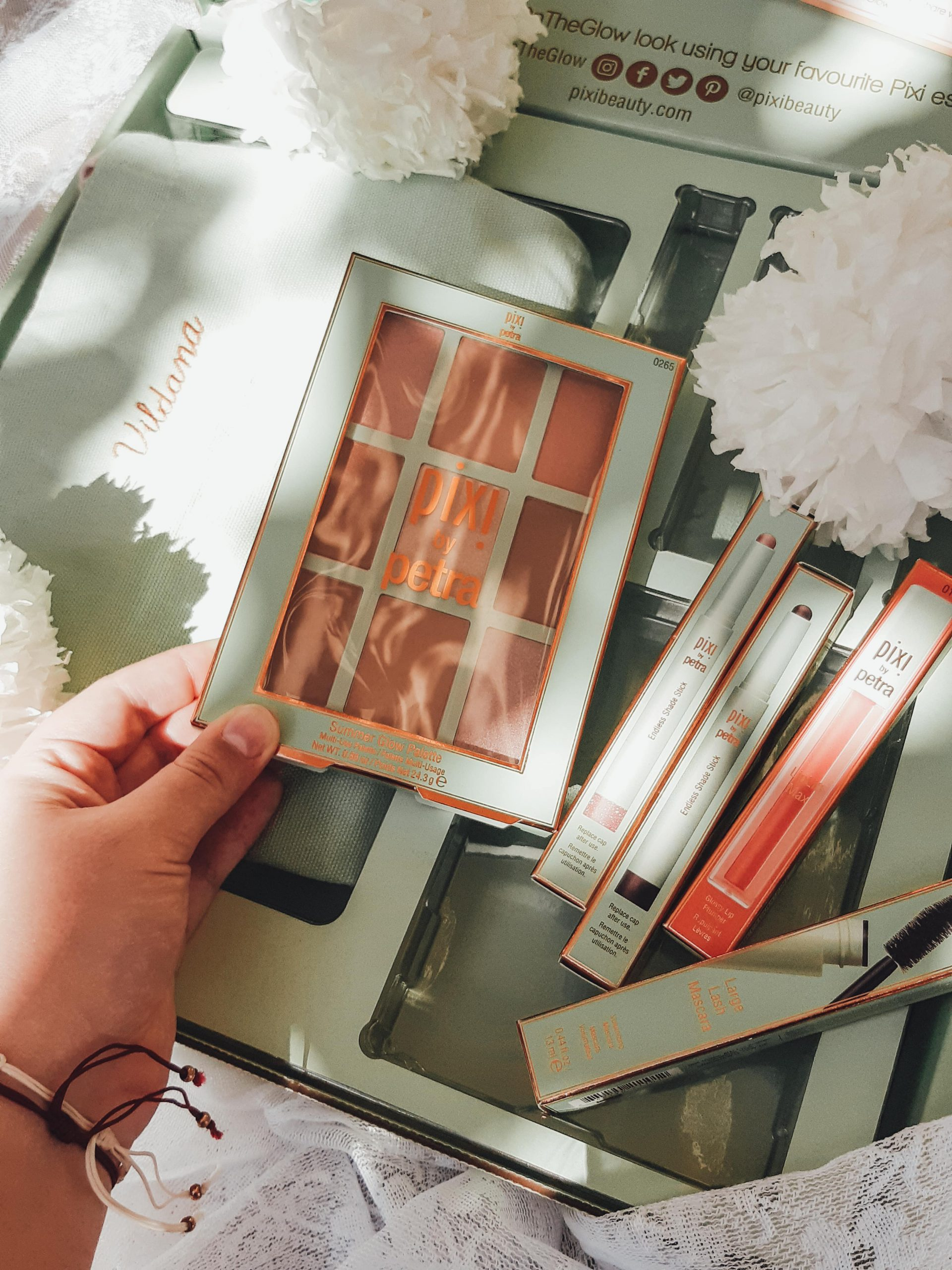 pixi beauty pr package unboxing livinglikev fashion blogger