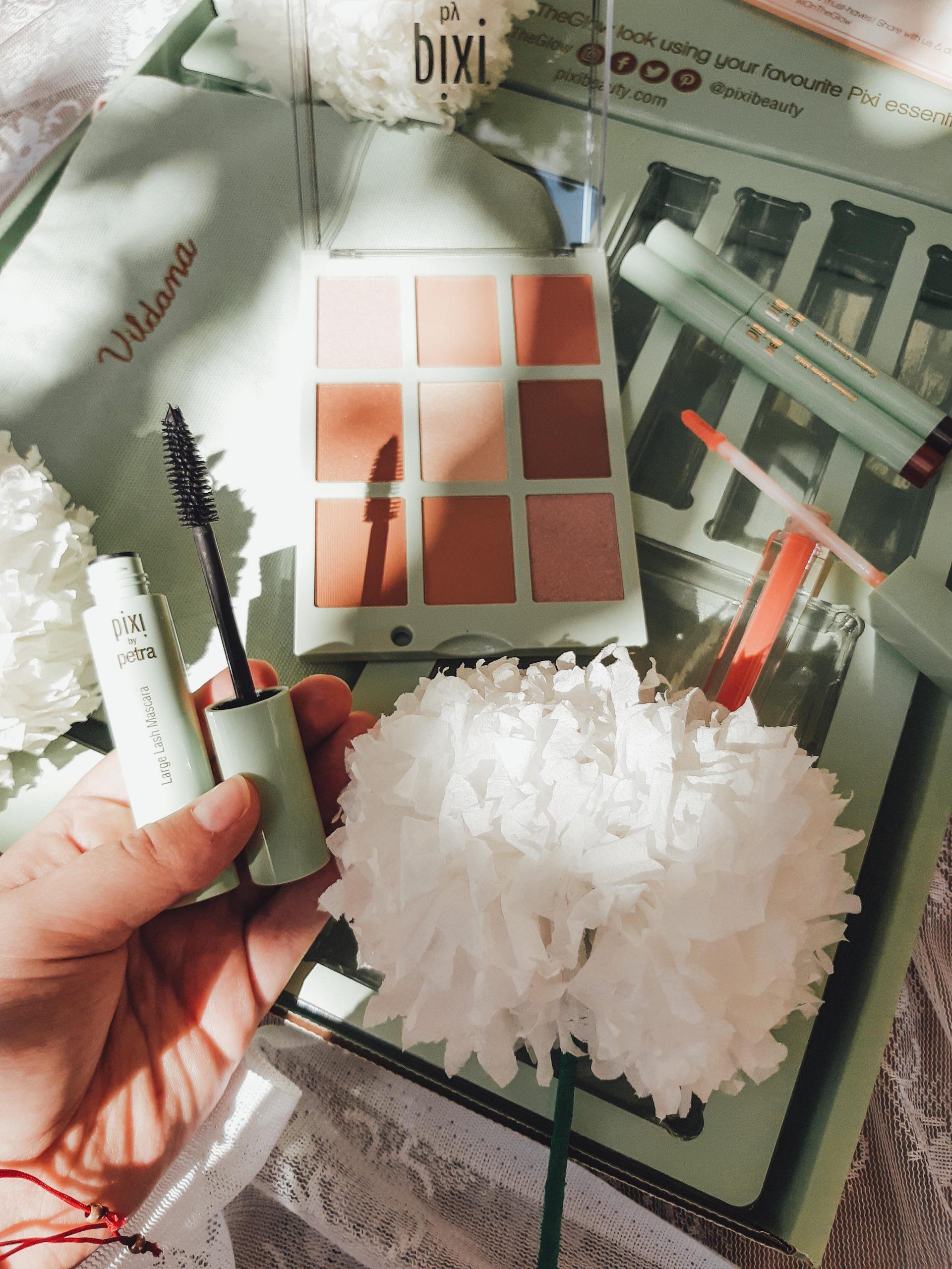 pixi beauty pr package unboxing livinglikev fashion blogger pixi review