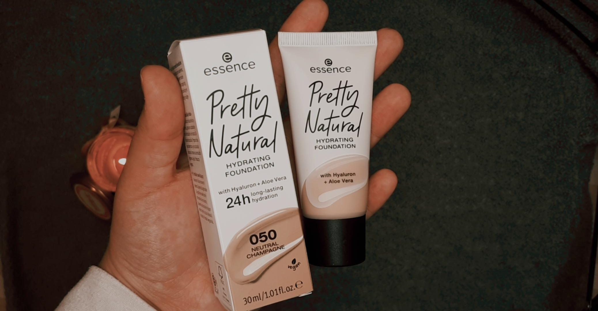 essence pretty natural foundation essence autumn winter 2020 livinglikev fashion blogger living like v